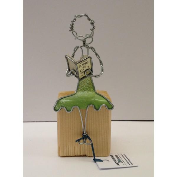 Lettrice seduta - in vendita online - libreria leggermente