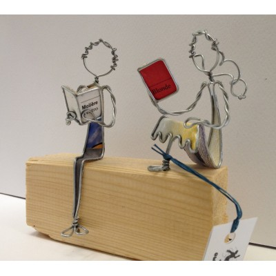 Lettori seduti - in vendita online - libreria leggermente